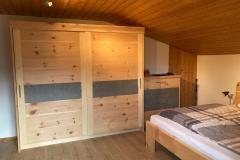 Zirbenschlafzimmer1